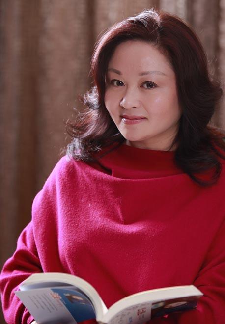 杨红樱图片 杨红樱的女儿 杨红樱的女儿现在图片 杨红樱的仔仔的照片 杨红樱的女儿